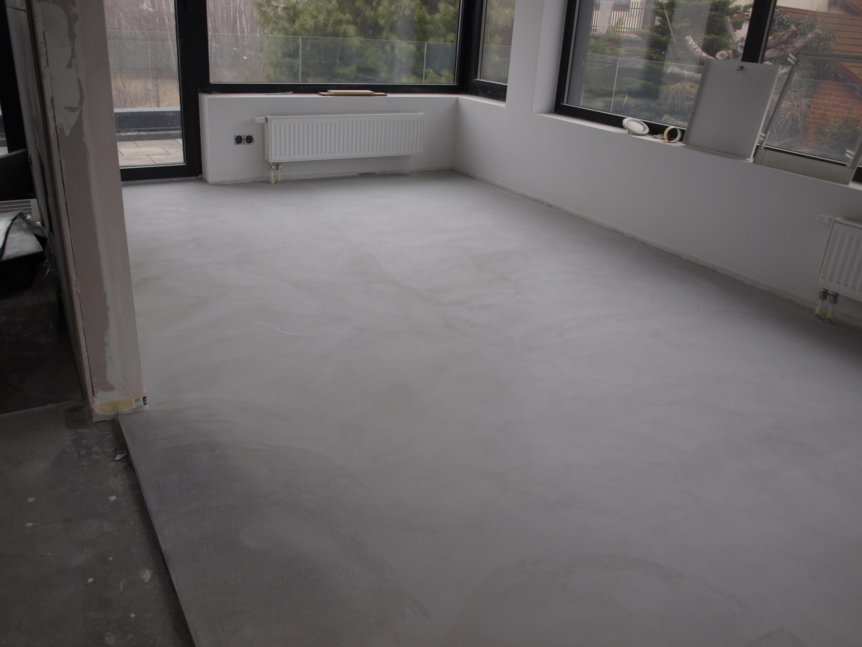 Podłoga z betonu dekoracyjnego HD Surface (dom prywatny Częstochowa)